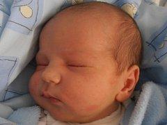 V úterý 23.10.2012 v 8 hodin a 50 minut poprvé spatřil  svět Roman Tomaili. Porodní váhu měl 3,94 kg. Doma v Kaplici už se na něj moc těší hned dva sourozenci – sedmiletá sestřička Julie a tříletý bráška Maxim.
