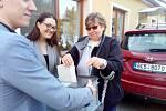 Paní Dana Ovečková volila ve Starých Hodějovicích.