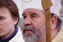 Památku Josefa Hlouchy uctívá i jeho následovník, budějovický biskup Jiří Paďour