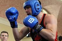Michal Vodárek přivezl z mistrovství republiky boxerů z Rakovníka stříbrnou medaili.