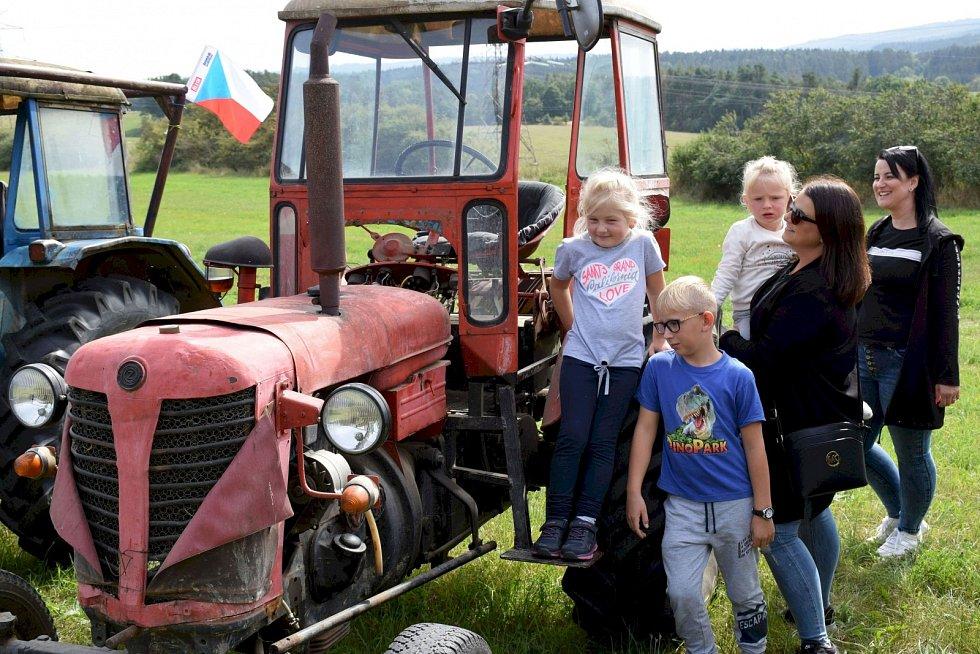 Temelínskou traktoriádu nezastínila ani jubilejní Křivonoska.