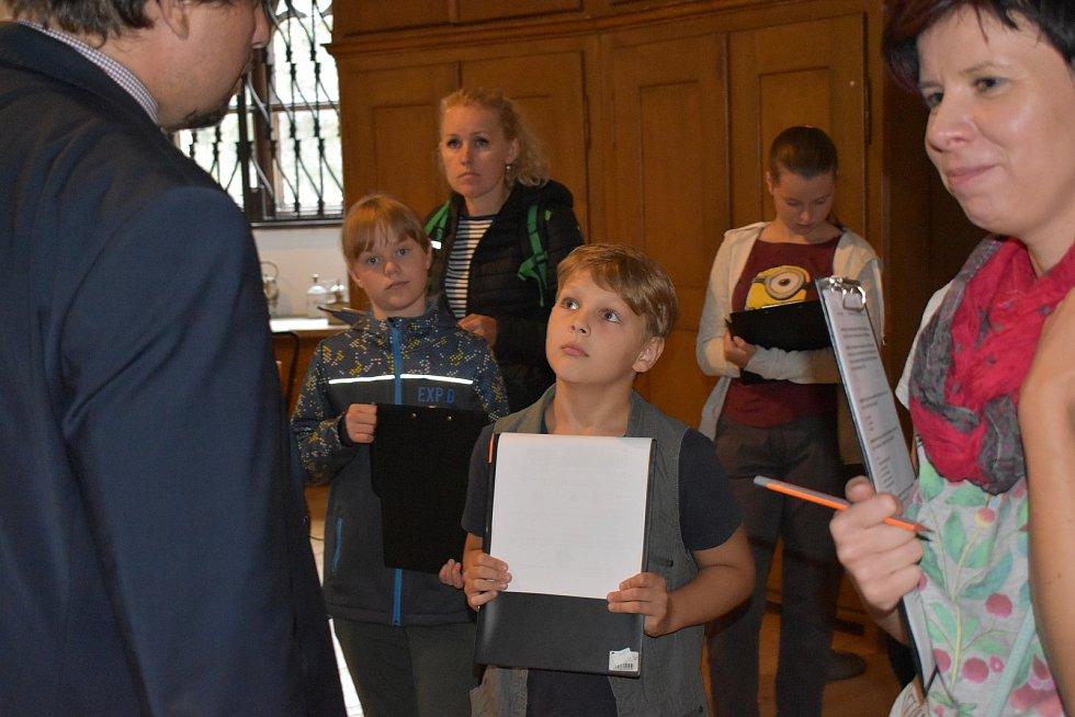 Kuchař, cukrář, pokojská. V to se proměnily v sobotu děti při speciální prohlídce hlubockého zámku.