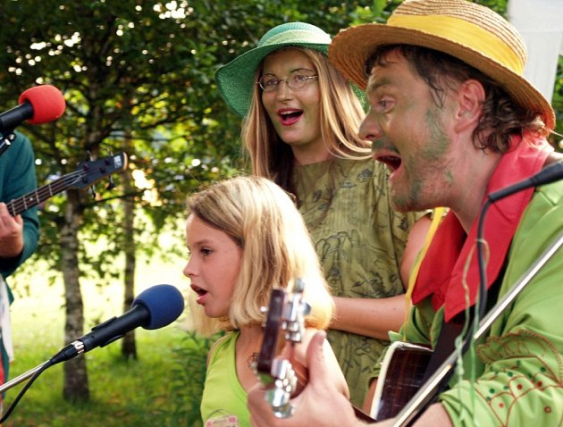 Na snímku členové skupiny Rybníkáři, která patří k jednomu z hlavních organizátorů letošního festivalu.
