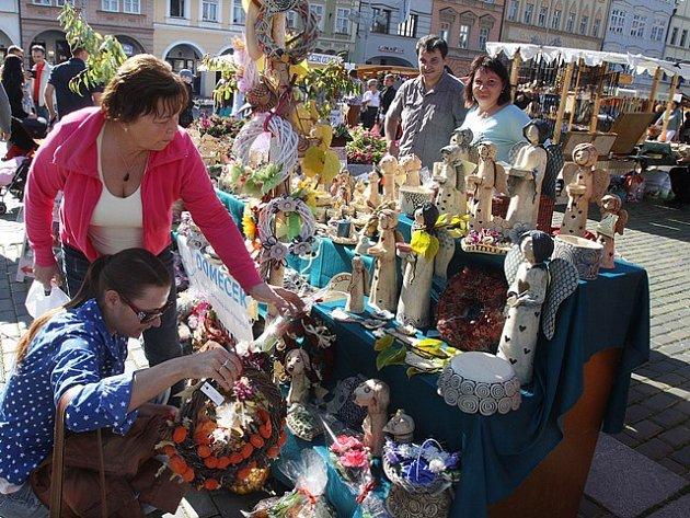 Švestkové trhy na náměstí v Českých Budějovicích.