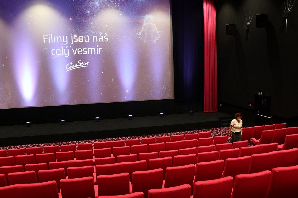 Zahájení provozu českobudějovického multikina CineStar v IGY Centru.