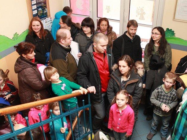 Zápis předškoláků do prvních tříd na ZŠ Rudolfovská v roce 2013.