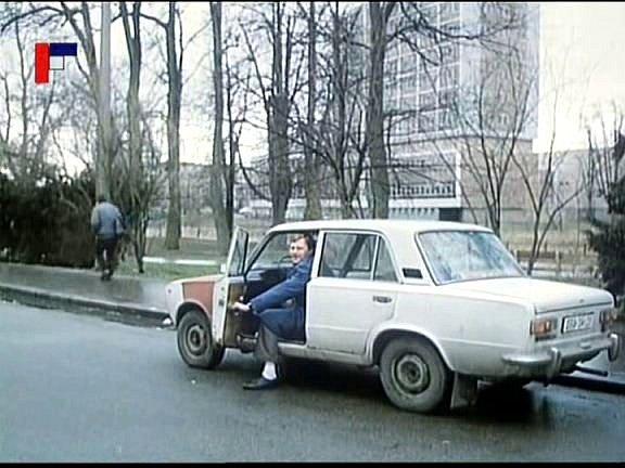 Záběr zfilmu Tichý společník, který se natáčel vČeských Budějovicích. Dukelská ulice.