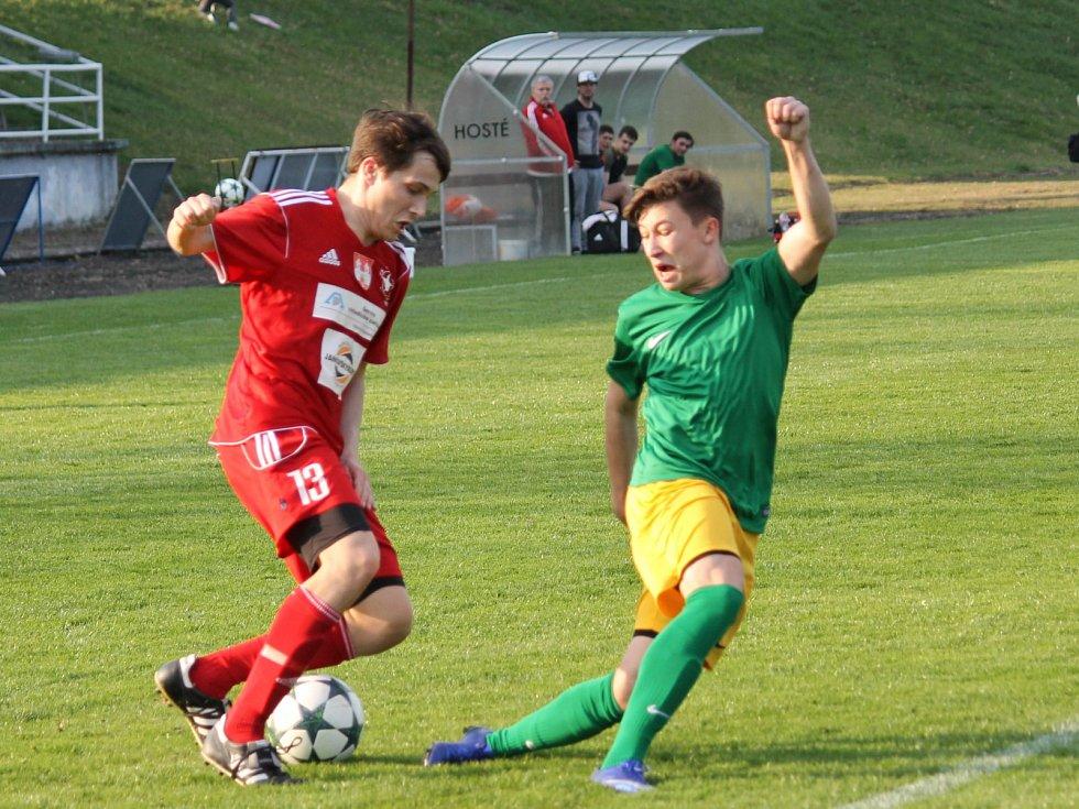 Ve druhém jarním kole I.A třídy, skupiny A, fotbalisté Olympie Týn nad Vltavou nestačili doma na Prachatice. Prohráli 0:3.