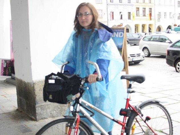 Redaktoři Deníku otestovali různé způsoby dopravy po Českých Budějovicích.