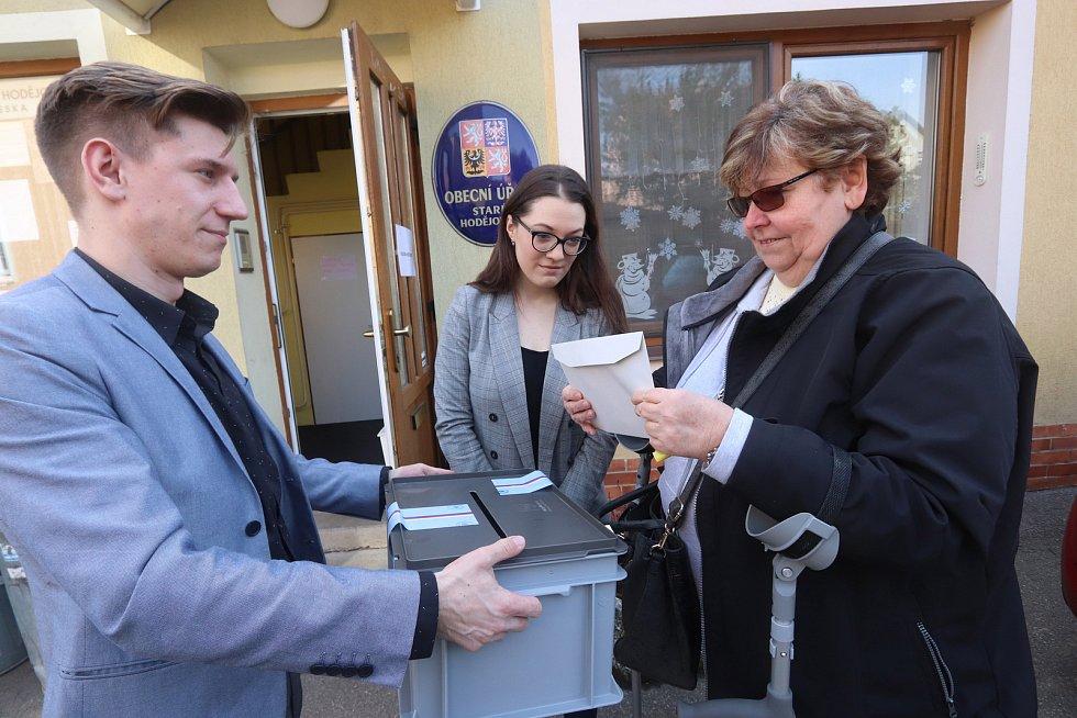 Volby ve Starých Hodějovicích u Českých Budějovic