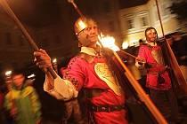 Svatý Martin přijel při tradiční slavnosti v neděli večer do areálu borovanského kláštera.
