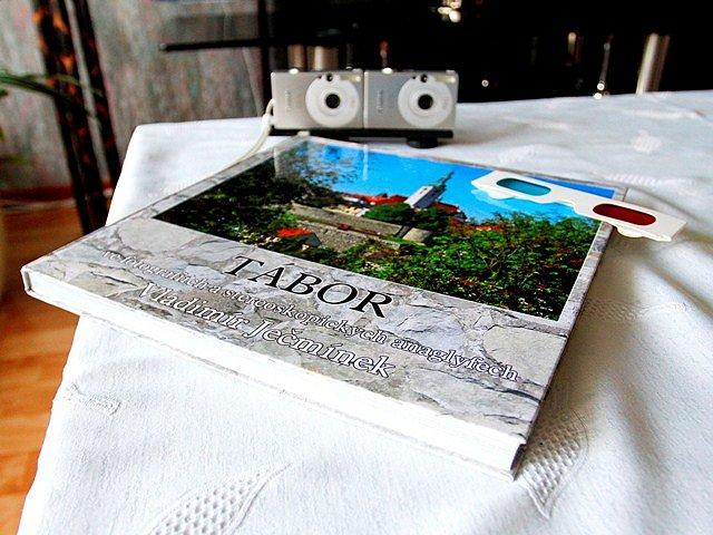 Vladimír Ječmínek vytvořil 3D knihu o Táboře.