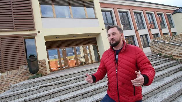 Rekonstruovaný kulturní dům v Lišově.