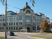 Budova krajského úřadu v Českých Budějovicích.