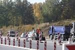 Stavba dálnice u Ševětína finišuje.