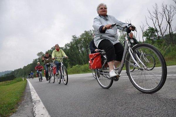 Cyklisté budou králi silnice.