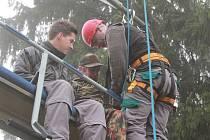Cvičení na Lipně - záchrana lidí z lanovky.