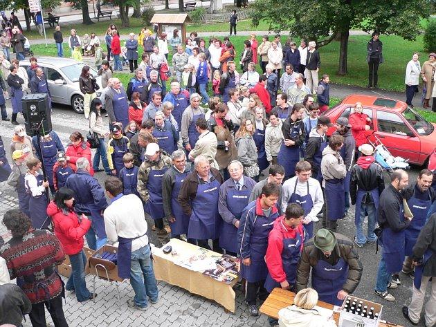 Průvod truhlářů v Lišove - nový česká rekord.