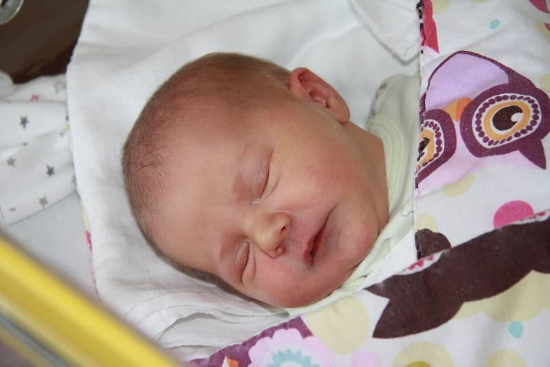 Monika Walterová z Vlachova Březí. Prvorozená holčička se mamince Veronice narodila 15. 9. 2021 v 10.01 hodin. Při příchodu na svět vážila 2900 g.