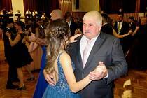 Tradiční akcí je Svíčkový ples