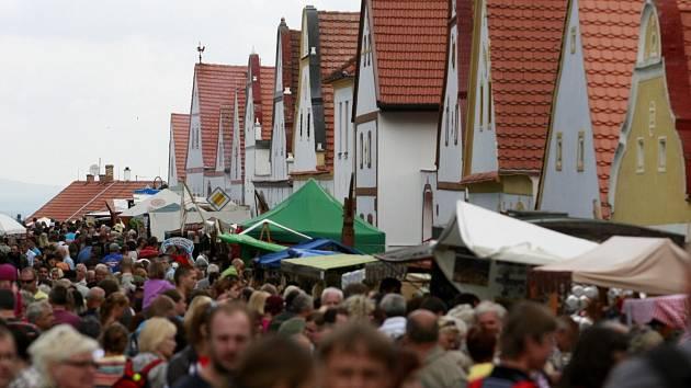 Holašovice lákají na slavnosti tisíce lidí.