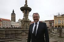 Ministr dopravy Dan Ťok při návštěvě Českých Budějovic.