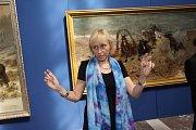 Alšova jihočeská galerie otevřela na Hluboké výstavu Ilja Repin a ruské umění. Nabízí přes 100 prací, potrvá do 27. září. Na snímku kurátorka Julie Jančárková.