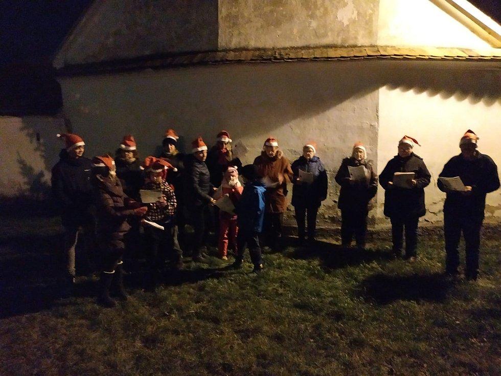 Česko zpívá koledy v Bohunicích u Týna nad Vltavou.