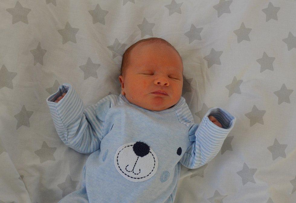 Jakub Kropáček z Čížové. Syn Jitky a Petra Kropáčkových se narodil 28. 12. 2020 v 9.34 hodin. Při narození vážil 3650 g a měřil 49 cm. Doma brášku přivítal Vojtěch (2,5).