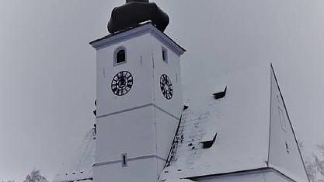 Kostel se vrátil do krásy.