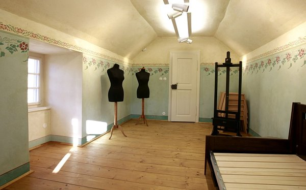 VČeském Krumlově opravili a zpřístupnili zahradní domek, vněmž vroce 1911žil a tvořil Egon Schiele.