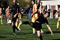V krajském přeboru před týden jedním gólem k výhře Olešníku nad Strakonicemi 5:1 přispěl i kanonýr David Lafata. O víkendu fotbalové soutěže v kraji pokračují.