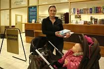 Přibližně 18,5 tisíce registrovaných čtenářů má českobudějovická vědecká knihovna. Ročně pobočku na Lidické třídě navštíví sto tisíc lidí.