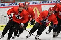 ve středu trénovali hokejisté Jekatěrinburgu v Budvar Aréně naposledy.