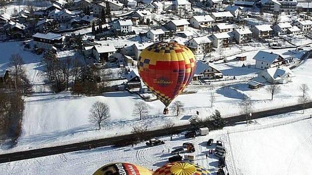 Nad Bavorský les vyletí balony.