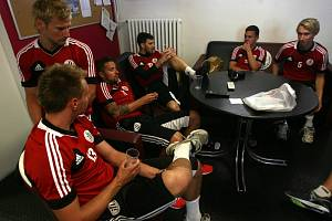 Fotbalisté Dynama po pondělním zahájení letní přípravy už ve středu hrají od 11.30 na Složišti se Žilinou.