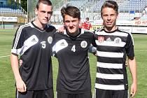 V nominaci na poslední zápas Dynama v letošním ročníku II. ligy proti Třinci byli i dorostenci Jakub Pařízek, Martin Šplíchal a Marek Kalousek.