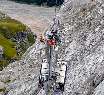Práce na Zugspitze byly složité.