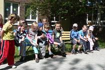 Děti v budějovické mateřince v ulici J. Opletala.