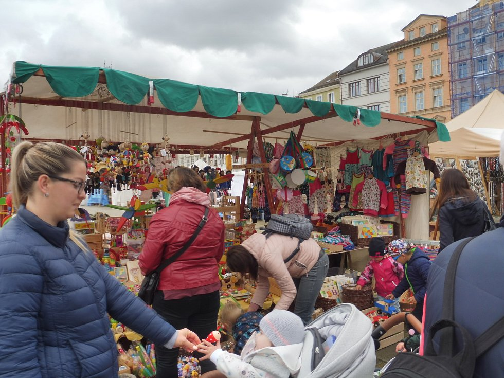 Švestkové trhy nabízejí rozmanitý sortiment.