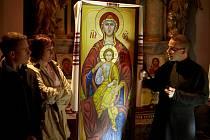 Noc kostelů přilákala zvědavce i zájemce o informace.