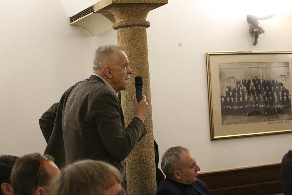O nedostatku zdravotních sester diskutoval s hejtmanem Miroslav Janovský, ředitel Nemocnice Jindřichův Hradec.