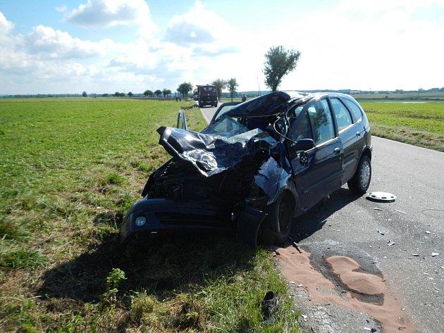 Nehody motocyklů sosobními automobily mají často tragické následky.