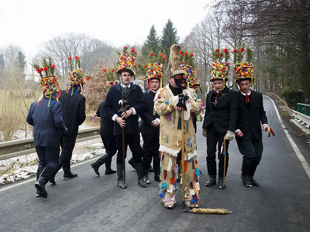 V Komařicích v sobotu pokračovali v tradici jednoho z nejstarších masopustů na jihu Čech.