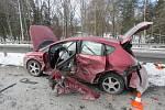 Nehoda na Litvinovickém mostě nedaleko fotbalového stadionu na Dlouhé louce v Českých Budějovicích.