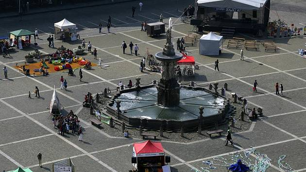 Den bez aut 22. září na českobudějovickém náměstí Přemysla Otakara II.
