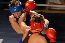 Boxeři Samsonu obhájili v extralize loňský bronz. Mezi opory patřil i leto Josef Zahradník, jenž v Prostějově vybodoval Marka Bosého.