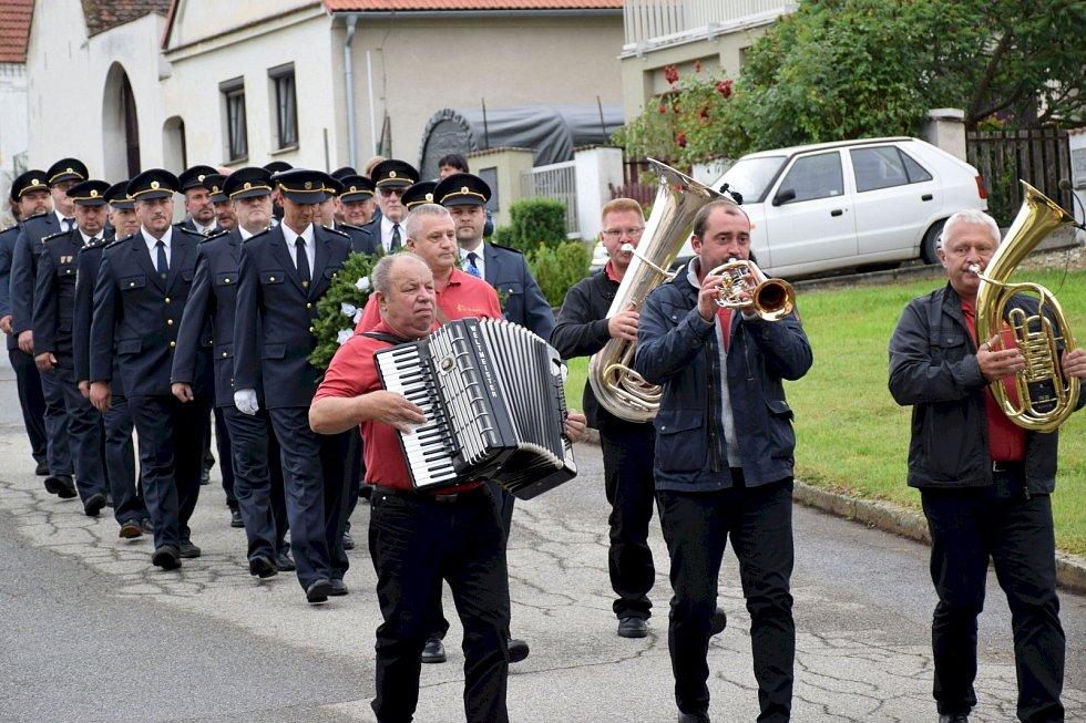 Hasiči z Chlumce oslavili 120. výročí založení svého sboru.
