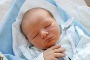 Lenka Bartošová přivedla 7. 8. 2017 ve 2.52 h na svět syna Adama Mikoláše. Narodil se v českobudějovické nemocnici s váhou 3,43 kilogramu. Jeho domovem bude Týn nad Vltavou.