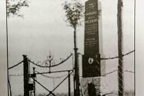 České Budějovice chtějí renovovat a vrátit na Branišovskou ulici památník parašutisty. Antonín Ježek tragicky zemřel při leteckém dnu v roce 1923.